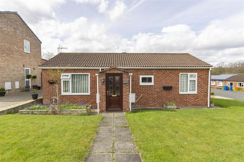 2 bedroom detached bungalow for sale - Barton Crescent, Chesterfield