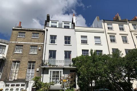 2 bedroom flat to rent - Montpelier Road, Brighton