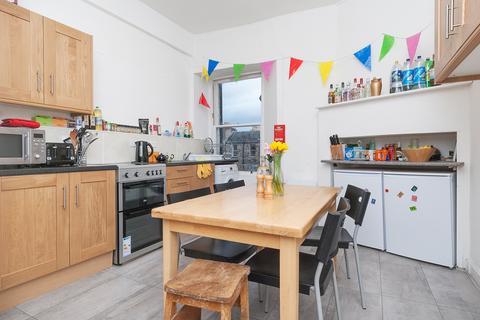 5 bedroom flat to rent - Rankeillor Street Edinburgh EH8 9JA United Kingdom