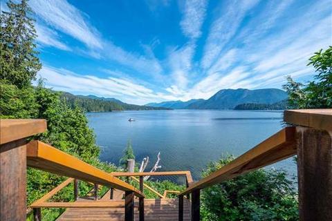 5 bedroom house - Sechelt, British Columbia