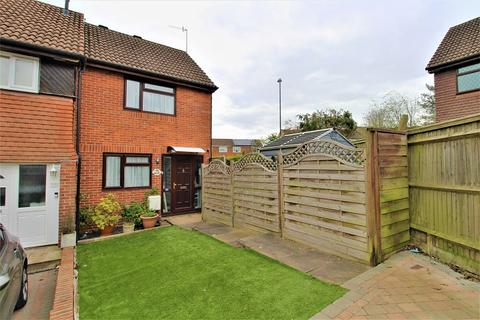 1 bedroom end of terrace house for sale - Gorling Close, Ifield, Crawley, West Sussex. RH11 0TJ