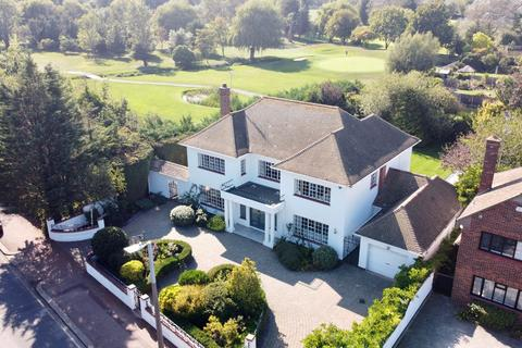 5 bedroom detached house for sale - Thorpe Hall Avenue, Thorpe Bay, SS1