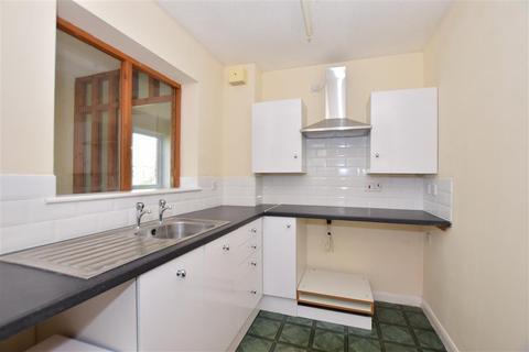 1 bedroom flat for sale - Canterbury Road, Sittingbourne, Kent