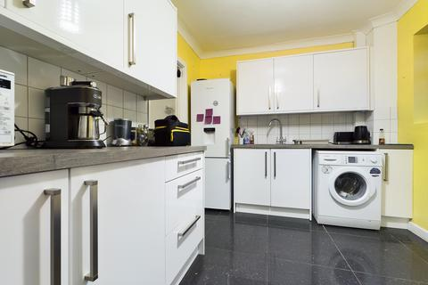4 bedroom terraced house to rent - Davey Drive , Brighton BN1