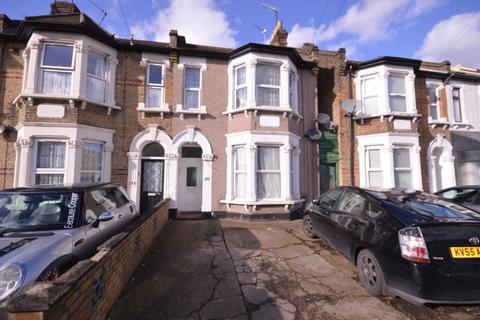 2 bedroom flat to rent - Thorold Road, Ilford, Essex, IG1