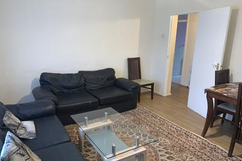 2 bedroom flat to rent - Brookside Close, South Harrow, HA2