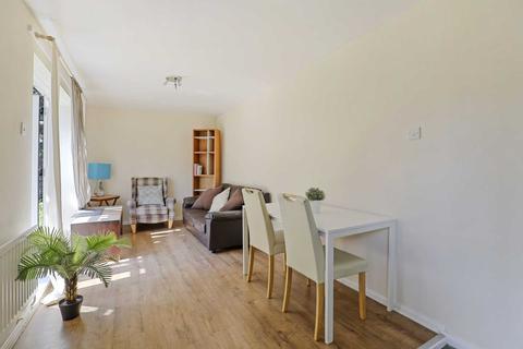 4 bedroom maisonette to rent - Kingsdown Close, Bermondsey, SE16