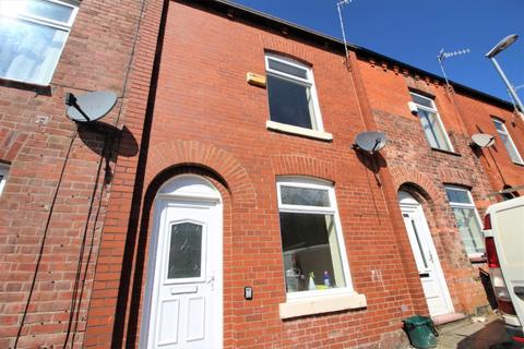 2 bedroom terraced house to rent - Kentucky Street, Oldham, OL4