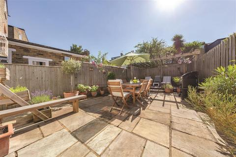 2 bedroom flat for sale - Cavendish Road, SW12
