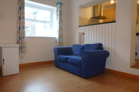 1 bedroom flat to rent - Clifton Street, Adamsdown, Cardiff CF24