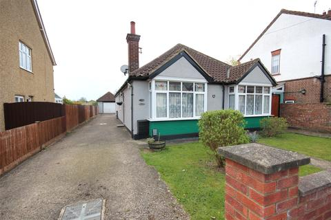 5 bedroom bungalow for sale - Lothair Road, Luton, Bedfordshire, LU2