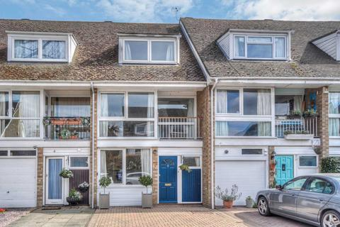 4 bedroom townhouse for sale - Beaufort Close, Central Marlow