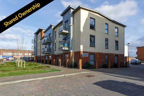 2 bedroom flat for sale - 10 Cowslip Court, Foxtail Road, PO7
