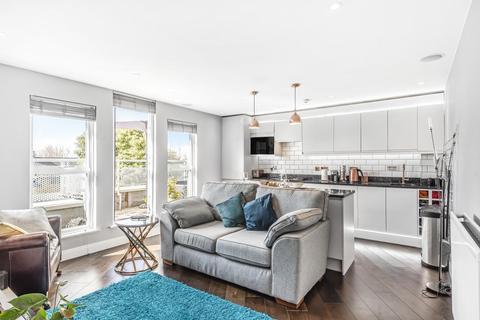 2 bedroom flat for sale - Kings Avenue, Brixton