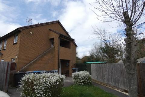 Studio to rent - Glenmore Road, Carterton, Oxon, OX18 1TX