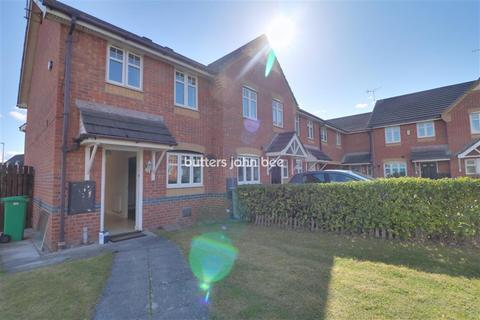 2 bedroom semi-detached house to rent - Rolls Avenue