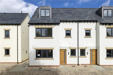 3 bedroom semi-detached house for sale - Blue Cedar Court, Stow Road, Moreton-in-Marsh, Gloucestershire, GL56