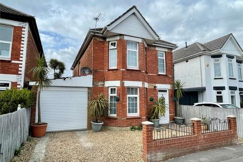 4 bedroom detached house for sale - Stour Road, Bournemouth