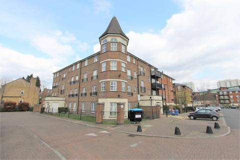 2 bedroom flat to rent - Gareth Drive, London, N9