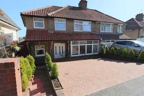 3 bedroom semi-detached house for sale - Coulsdon Road, Caterham
