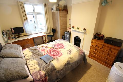 3 bedroom semi-detached house to rent - Burgess Road , Southampton