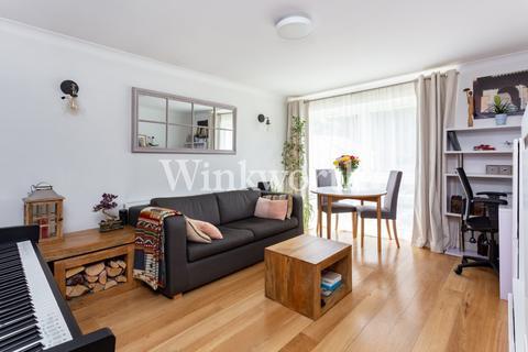 1 bedroom flat for sale - Lucerne Close, London, N13