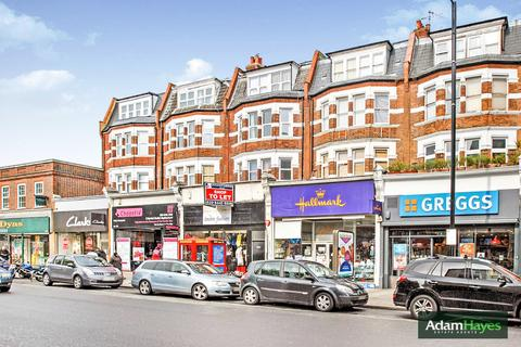 Studio to rent - High Road, North Finchley, N12