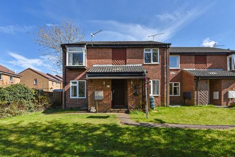 2 bedroom apartment for sale - Meon Close, Clanfield