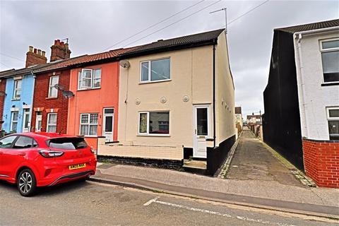 3 bedroom terraced house for sale - Norwich Road, Lowestoft