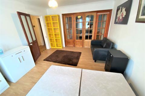 1 bedroom flat to rent - WANSTEAD PARK RD, REDBRIDGE  IG1