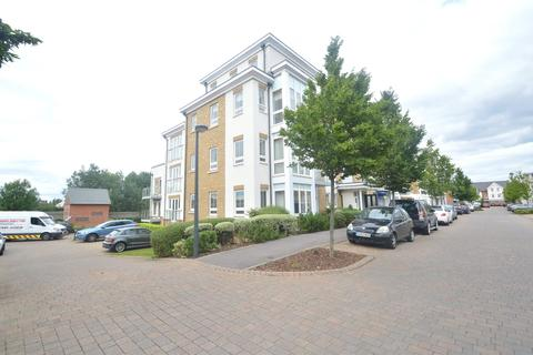 2 bedroom apartment to rent - Moorland Place, 31 Kingfisher Drive, Maidenhead, Berkshire, SL6