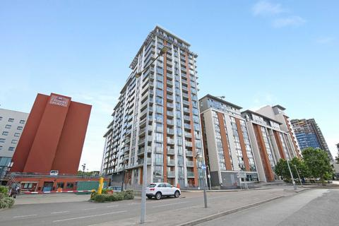 1 bedroom apartment to rent - Oxygen Apartments Seagull Lane E16