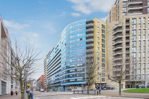 1 bedroom apartment to rent - Westgate Apartments, 14 Western Gateway E16 1BJ