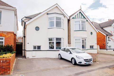 3 bedroom detached house for sale - Fenton Road, Southbourne