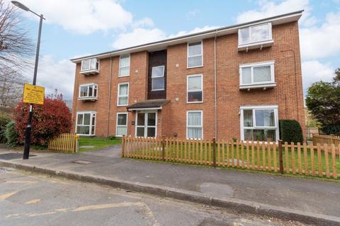 1 bedroom apartment to rent - Barham Road, South Croydon
