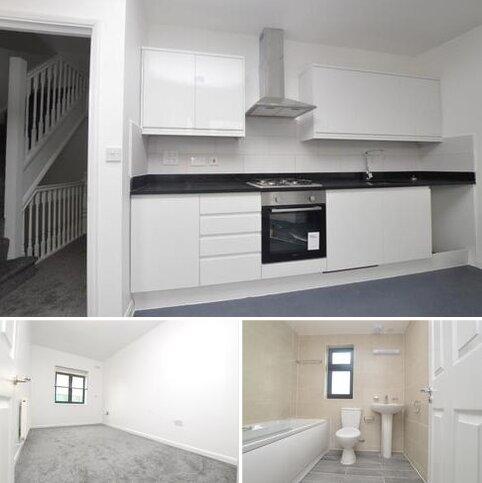 2 bedroom flat to rent - Mcleod Road London SE2