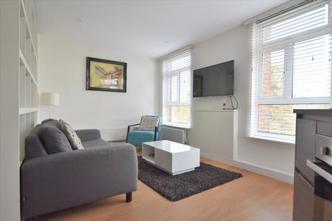 Studio to rent - Montpelier Row Blackheath SE3
