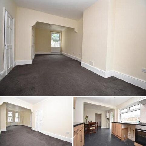 4 bedroom terraced house to rent - Abbey Grove London SE2