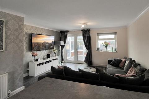 4 bedroom semi-detached house for sale - Jedburgh Drive, Liverpool