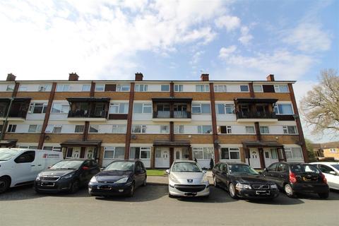 3 bedroom flat to rent - Lambscote Close, Shirley, Solihull