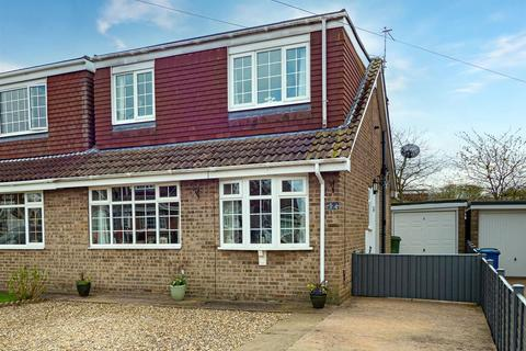 3 bedroom semi-detached house for sale - Constable Close, SPROATLEY
