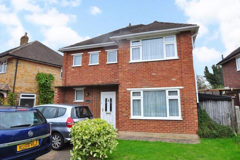 3 bedroom detached house to rent - Bannard Road