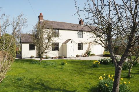 4 bedroom detached house for sale - Whitchurch Road, Denbigh