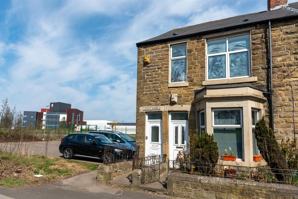 Flat 16, West View, Wrekenton, Gateshead, Tyne & W