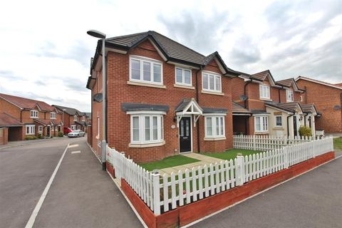4 bedroom detached house for sale - Larch End, Minster On Sea, Sheerness