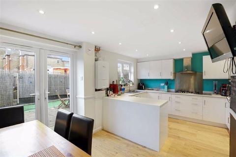 3 bedroom house for sale - Dillwyn Close, Sydenham