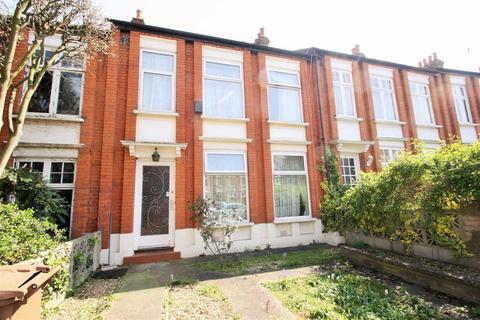 4 bedroom terraced house to rent - Forest Drive East, Leytonstone