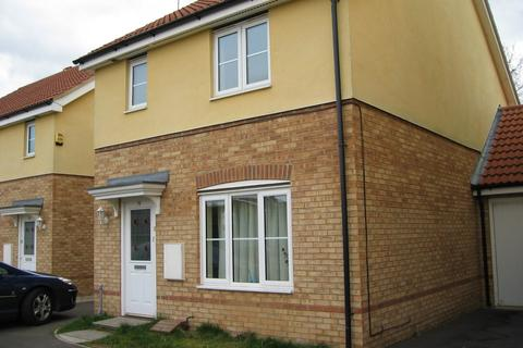 3 bedroom semi-detached house to rent - Thistle Drive, Hatfield, AL10