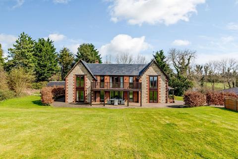 5 bedroom detached house for sale - Beacon Hill,  Hilmarton, North Wiltshire, SN11