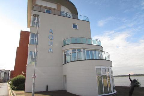 2 bedroom flat to rent - Aqua, Lifeboat Quay, Poole, BH15 1LS